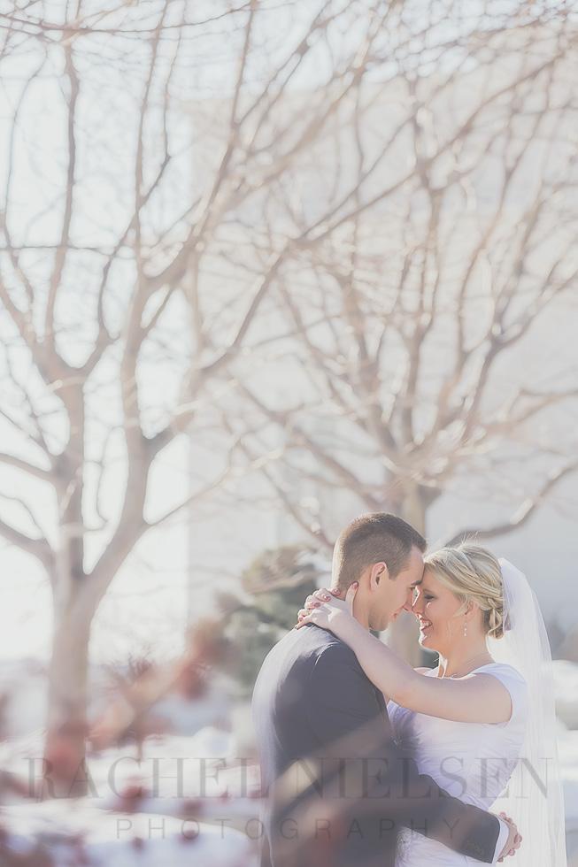 bountiful lds temple wedding photo