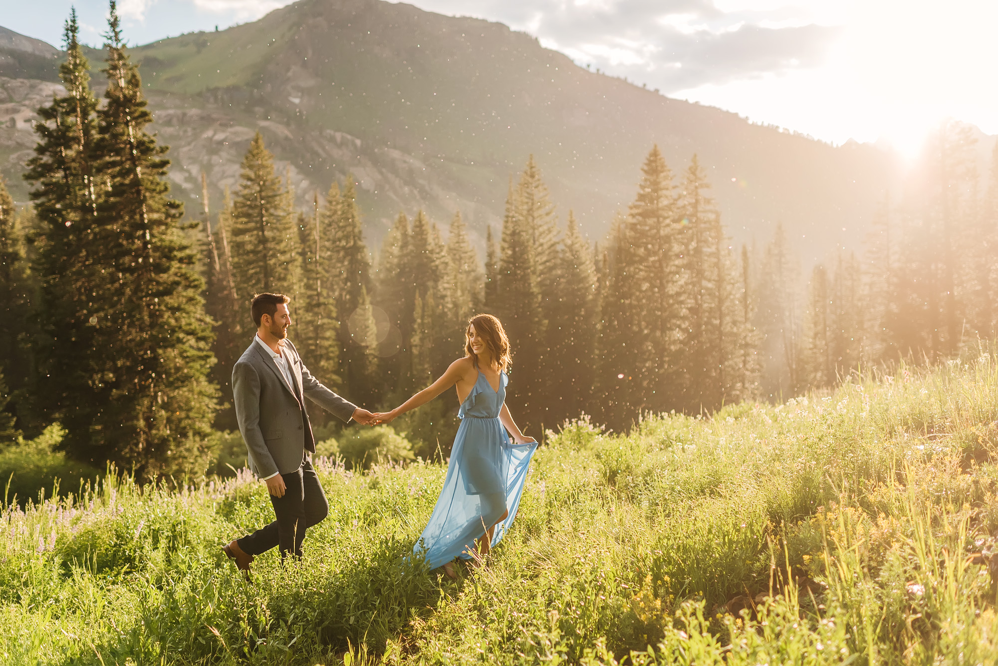Wedding-photographers-in-Utah-mountains