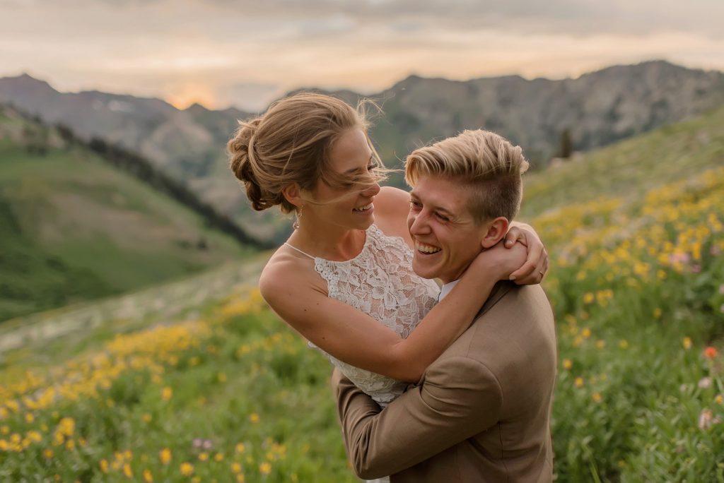 Elopement and wedding photographer Rachel Nielsen